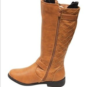 Shoes - Cute brown boots
